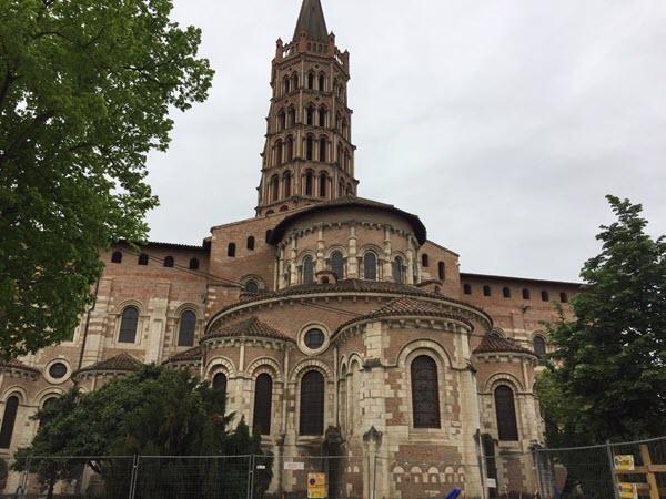 Les fidèles de Fonbeauzard se retrouve à la basilique Saint-Sernin
