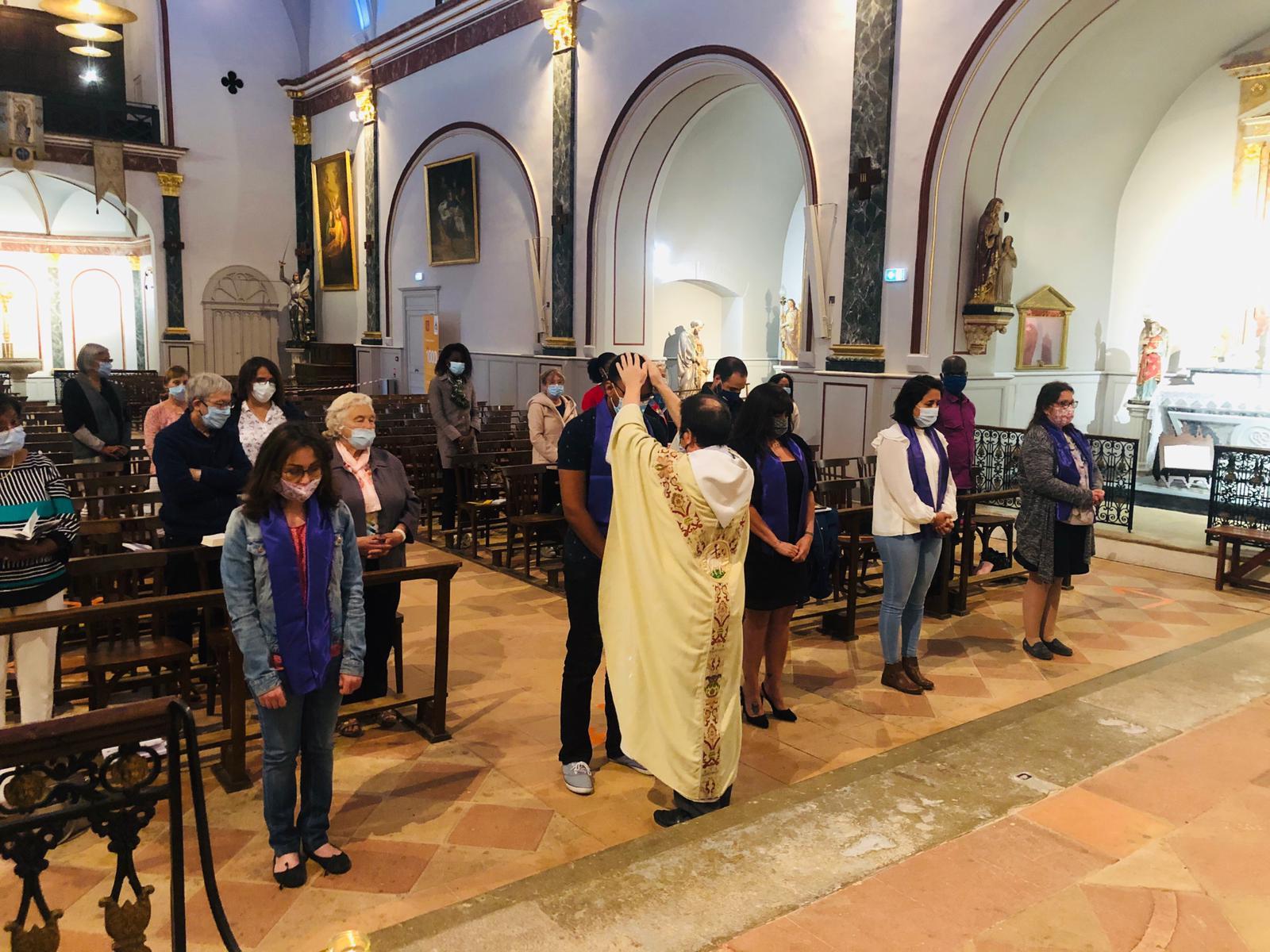 Joie dans notre église de Castelginest : première messe avec les catéchumènes