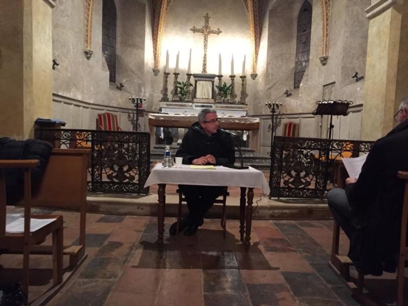 « Soyons un pour que le monde croie » : avec le père Ayouaz, un regard de foi sur les prêtres
