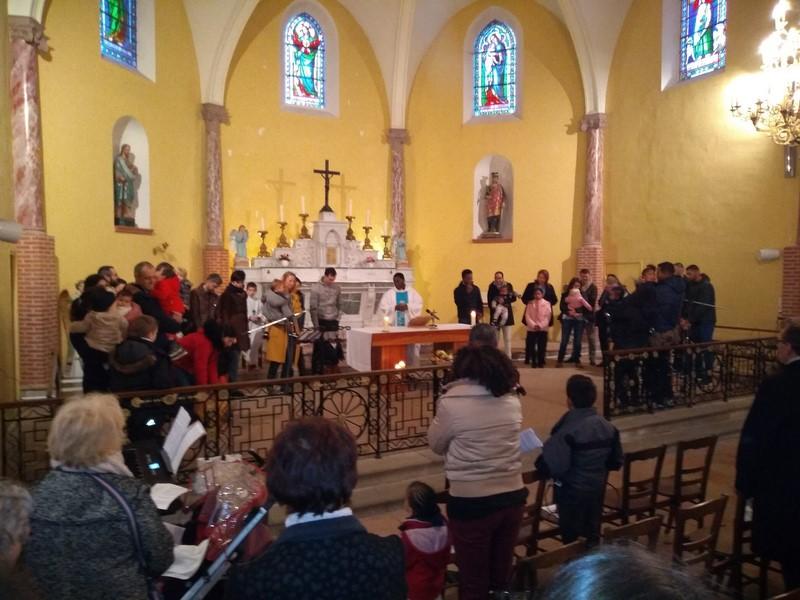 Villariès : Les baptisés «promotion 2018» étaient à la Table du Seigneur, ce dimanche